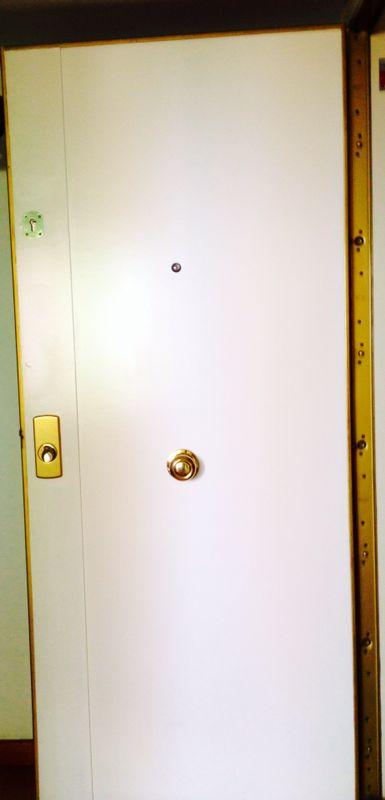 Instalación puerta blindada reforzada en Granollers (Junio 2018)