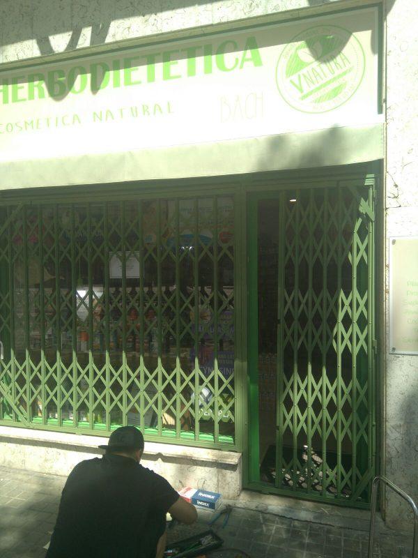 Instalación de ballesta tienda de San Sebastián (Julio 2017)
