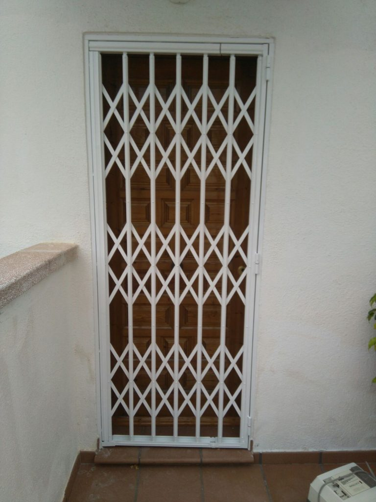 Instalación de 8 Rejas Torredembarra (Enero 2018)