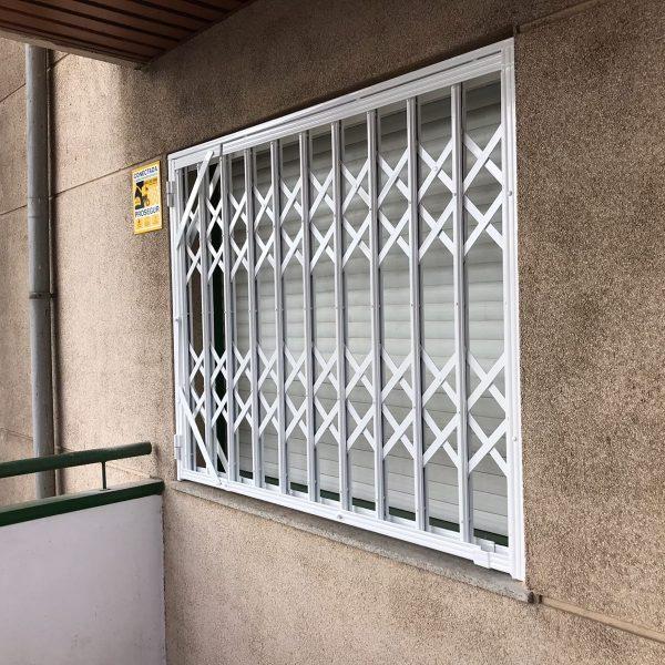 reja ballesta ventana 1 zaragoza