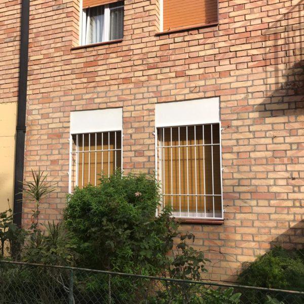 rejas ventanas en bajo (2)
